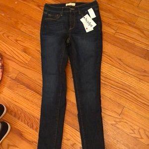 NWT GAP Sculpt Sculptek jeans 2 26S